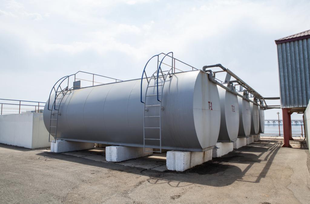 onsite fuel storage tanks